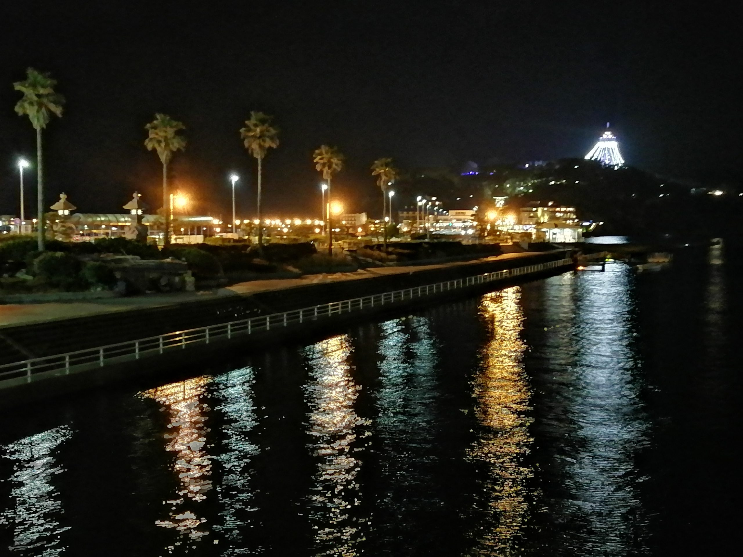 夜の江の島