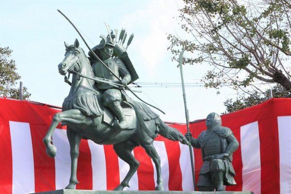 義経弁慶銅像除幕式