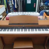 電子 ピアノ Roland HP103